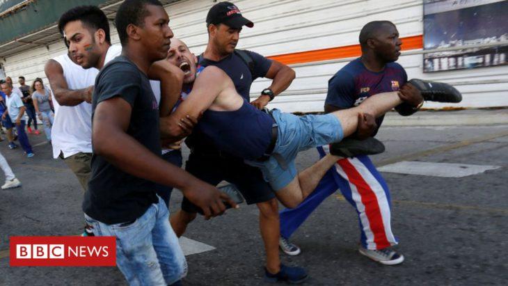 Cuba gay rights activists arrested at pride march in Havana