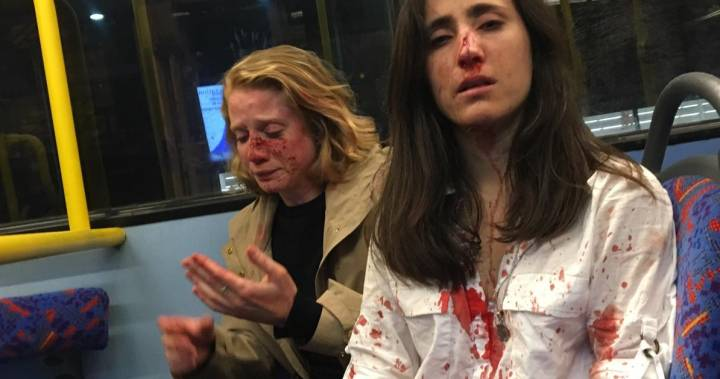 Gay women assaulted, robbed on London, U.K. bus after allegedly refusing to kiss – Global News