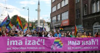 Bosnians march in first Gay Pride under tight police protection…