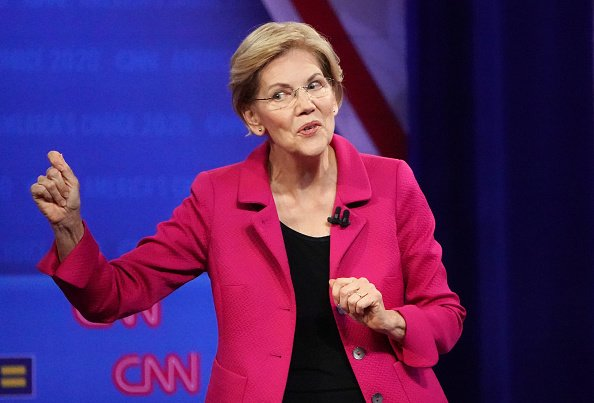 Elizabeth Warren Had the Ultimate Response to a Question About Same-Sex Marriage and the Internet Took It From There