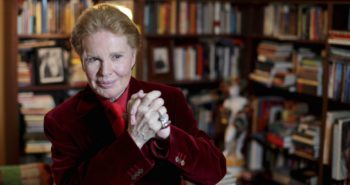 Famed Celebrity Astrologer Walter Mercado Dies at 88