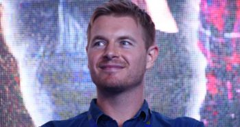 Rick Cosnett Of 'The Flash' Comes Out As Gay In Heartfelt Instagram Video