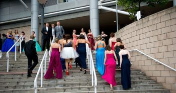Principal Requires Students to Submit Pictures Wearing Prom Dresses for Approval