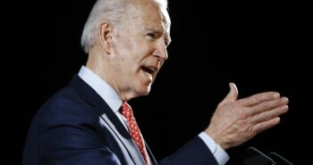 Biden to name VP vetting team, thinking about Cabinet makeup