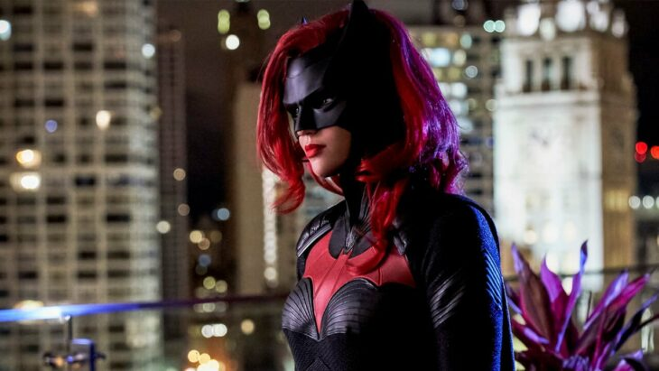 Batwoman showrunner's refusal to kill off Ruby Rose's Kate Kane marks a refreshing and important change