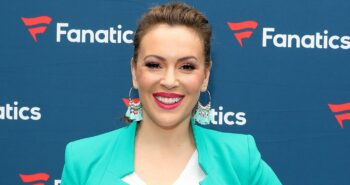 Alyssa Milano tests positive for COVID-19 antibodies after 3 negatives: 'Everything hurt'